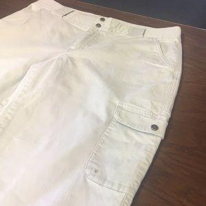Columbia Cargo Style Khaki Pants 10